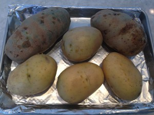 The potatoes I happened to have on hand.  Two Idaho & 4 Yukon Gold